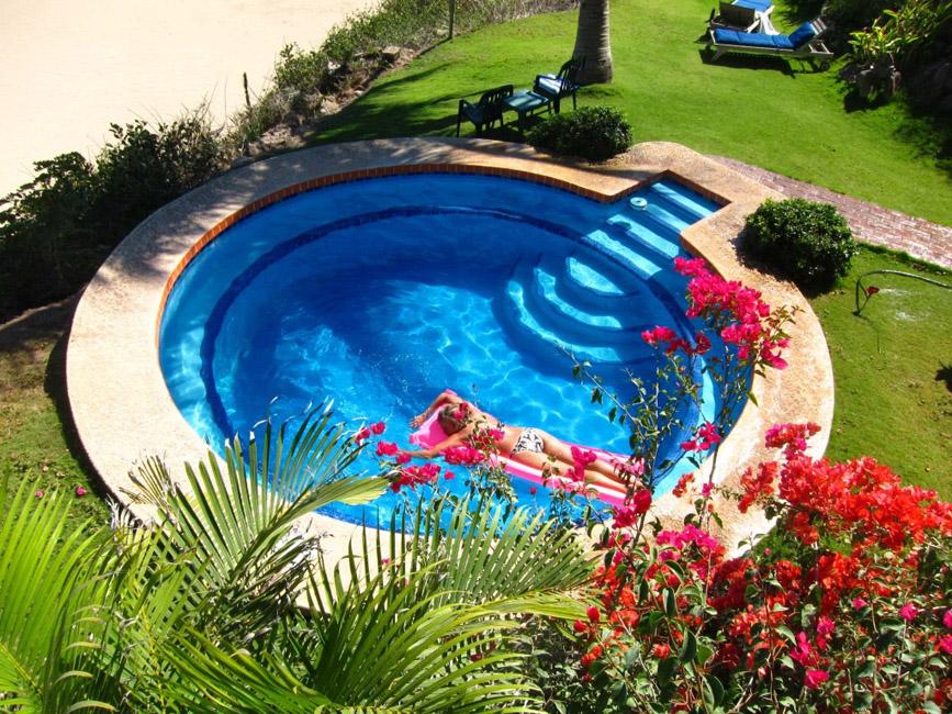 pool-woman